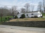 5240 Straight Fork Road Griffithsville WV, 25521