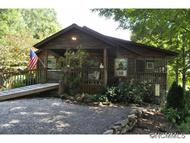127 Cleve Silver Road Bakersville NC, 28705