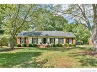6718 Summerlin Place Charlotte NC, 28226