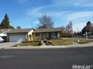 1856 Pecanwood Ave Manteca CA, 95336