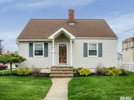 200 Forest Ave Massapequa NY, 11758