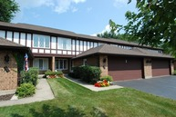 577 Cress Creek Lane Crystal Lake IL, 60014