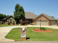 201 S Wyndemere Lakes Moore OK, 73160