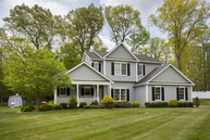 8 Old Town Road New Fairfield CT, 06812