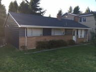 749 7th St S Kirkland WA, 98033