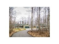 W9038 Moonshine Hill Rd Crivitz WI, 54114