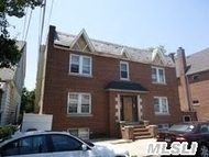 54-16 69th Ln Maspeth NY, 11378