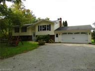 15018 White Rd Middlefield OH, 44062