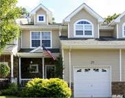 25 Terrace Ln Patchogue NY, 11772