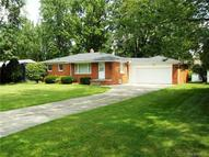 1604 Orchid Waterford MI, 48328