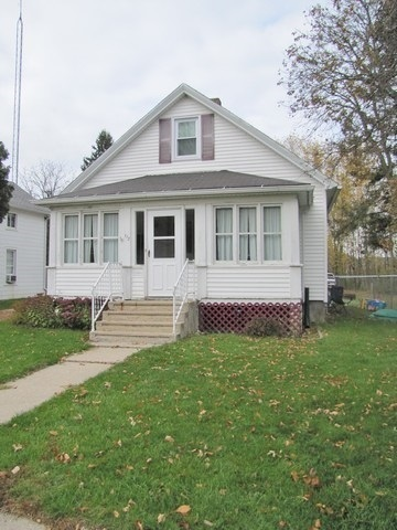 113 Royall Ave Elroy WI, 53929