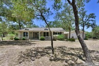 132 Country Acres Dr Adkins TX, 78101