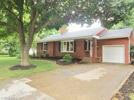 113 Foresthill Dr Amherst OH, 44001