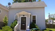 408 Besley Place Waukegan IL, 60085
