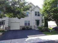 207 Castle Dr North Wales PA, 19454