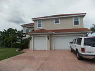 2527 Se 25th Pl Cape Coral FL, 33904