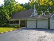 9 Twisting Dr Lake Grove NY, 11755