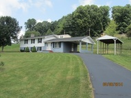 6135 High Point Rd Castlewood VA, 24224