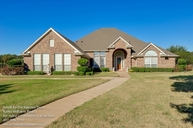 903 Shady Bend Drive Kennedale TX, 76060