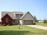 300 Country Pl Virden IL, 62690