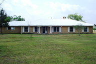 5161 Youngsford Rd Marion TX, 78124