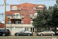 66-83 70th St 5c Middle Village NY, 11379