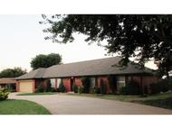 1204 N Indiana Weatherford OK, 73096