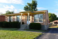 5215 Chasewood Pl Louisville KY, 40229