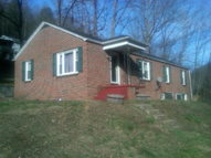 395 Bearhole Road Pineville WV, 24874