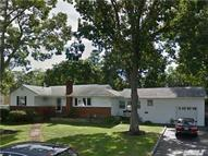 20 Pearsall Place Deer Park NY, 11729