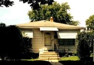 2945 N 88th St Milwaukee WI, 53222