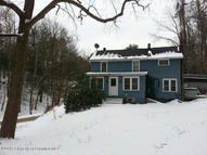 567 Sandy Valley Dr Falls PA, 18615
