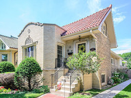 2530 West Morse Avenue Chicago IL, 60645