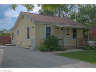 1064 Peach Blvd Willoughby OH, 44094