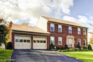 13707 Country Crossing Court Chantilly VA, 20151