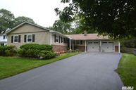 14 Westminster Ct Nesconset NY, 11767
