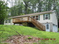 221 Pohopoco Dr Brodheadsville PA, 18322