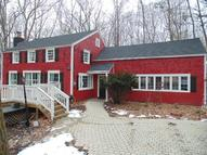 25 Old Fawn Hill Road Monroe CT, 06468
