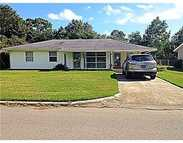 2202 Kingsberry Ave Pascagoula MS, 39567