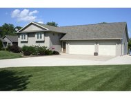 4408 Harbor Village Dr Omro WI, 54963