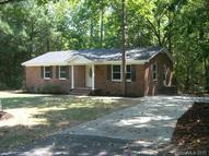 1122 Pine Knot Ct Clover SC, 29710