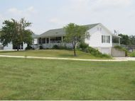 11103 Goldfinch Road Neosho MO, 64850