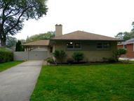 8333 Parkview Avenue Munster IN, 46321