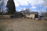 564 North Greenleaf Avenue Gurnee IL, 60031