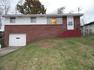 201 Theresa Dr Weirton WV, 26062
