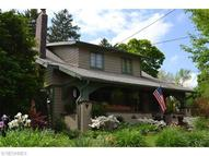 44 Orchard Rd Akron OH, 44313