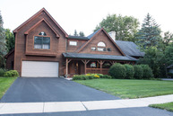 748 Fir Court Yorkville IL, 60560