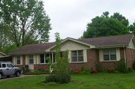 411 Colonial Terrace Hopkinsville KY, 42240