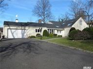22 Old Farm Rd Great Neck NY, 11020