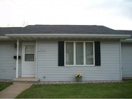 106 W Smith Ave Oshkosh WI, 54901